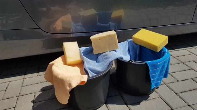 Pomůcky k mytí auta