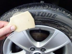 kartáčování pneu