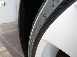 čisté a ošetřené pneumatiky