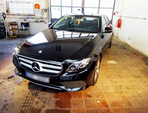Mercedes E – leštění laku